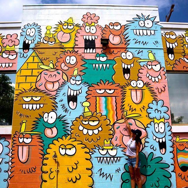 【__sh10r1__】さんのInstagramをピンしています。 《New kakaako wall art 🎨 * * ゲジゲジの場所が変わって色もチェンジしてたよ〜〜🌈✨ * * 結構色んなアートが変わってました❣️ てか変えてる最中✨✨ * * 来週行けばまた新しいのがあるかも💙💜💚 カカアコって本当どんどん変わって行くワクワクする街ですね😍💕 #hawaii #hilife #beach #hawaiilife #beachlife #nature #beautiful #sky #ocean #sea #photo #photogenic #photography #photographer #gopro #goproのある生活 #ハワイ #ハワイライフ #ハワイ移住 #海外生活 #海外移住 #国際結婚 #海 #空 #自然 #kakaako #kakaakowallart》