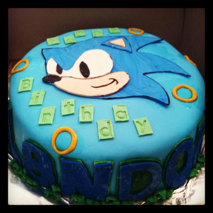 Sonic birthday cake!  Yum!