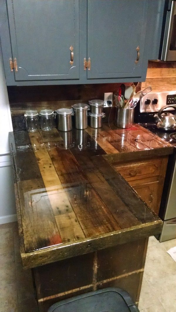 Pallet Countertops & Backsplash Kitchen Pallet Projects