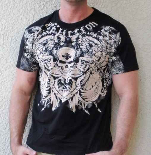 Affliction/Tapout/MMA T-shirts when he in fact does not do MMA. | 15 Fashions Mistakes Your Man Is Probably Making