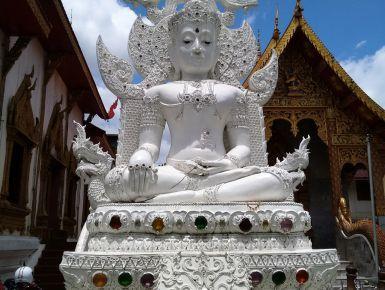 La mia seconda volta in Thailandia #giruland #diario #viaggio #diariodiviaggio #raccontare #scoprire #condividere #turismo #blog #travelblog #fashiontravel #foodtravel #matrimonio #nozze #lowcost #risparmio #trekking #panorama #bike #mercato #thailandia #bangkok #budda