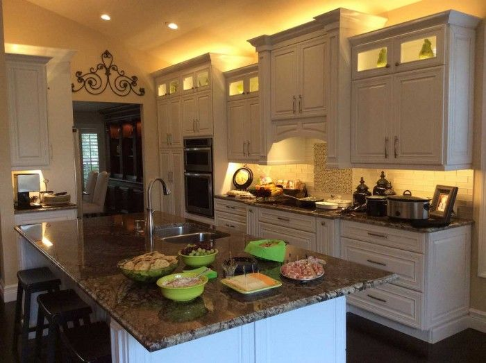 6 Brilliant Kitchen Lighting Ideas To Transform Your Space Momo Zain Light Kitchen Cabinets Above Kitchen Cabinets Kitchen Under Cabinet Lighting