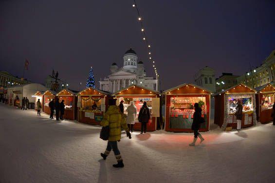 Advent Weekend in Helsinki http://skafur-tour.fi/christmas-weekend-in-helsinki  Photo: Helsingin Matkailu