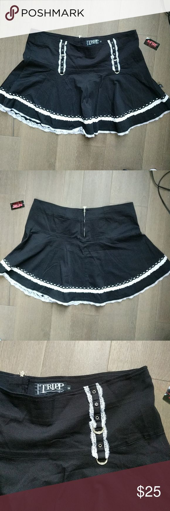 Tripp Hot Topic NWT Size 3XL Black Punk Goth Skirt Sexy schoolgirl skirt, very Alice in Wonderland. Two white lace ruffles, D-Rings on front, silver back zipper. New with tags. The zipper pull is a skull & crossbones. Tripp nyc Skirts Mini