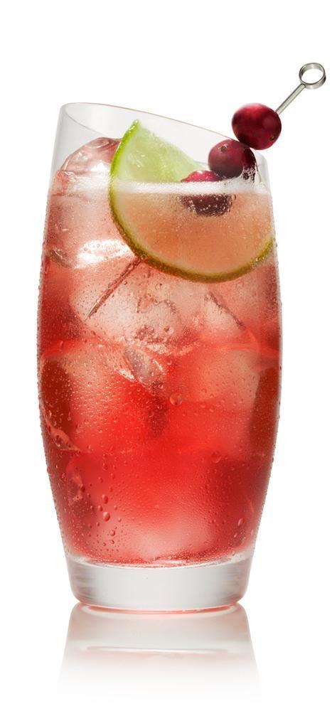 SVEDKA Vodka Cocktail – Drink recipes - VANILLA  GINGER 1 1/2 parts vanilla vodka 2 parts gingerale 2 parts cranberry juice