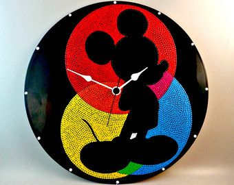 Mickey, reloj de pared, vinilo, reloj Disney, Disney, Mickey, Mickey Mouse, pared arte, decoración niños, decoración del hogar, MiniDotClocks