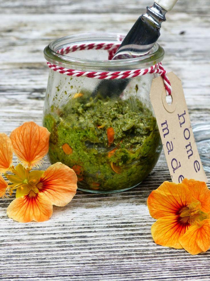 Eetbare bloemen (recept: bloemenpesto)