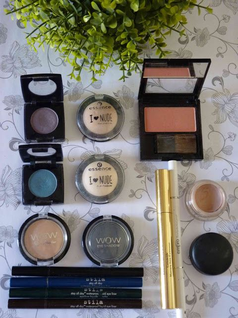 Melanie's Nook: Other : Mommy's Makeup Stash