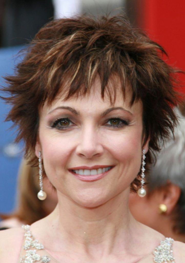 12 Gorgeous Short Hairstyles for Women Over 50 in 2020 ...