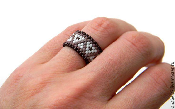Купить Необычное кольцо из бисера Кольцо с узором Украшение в этно-стиле - кольцо из бисера