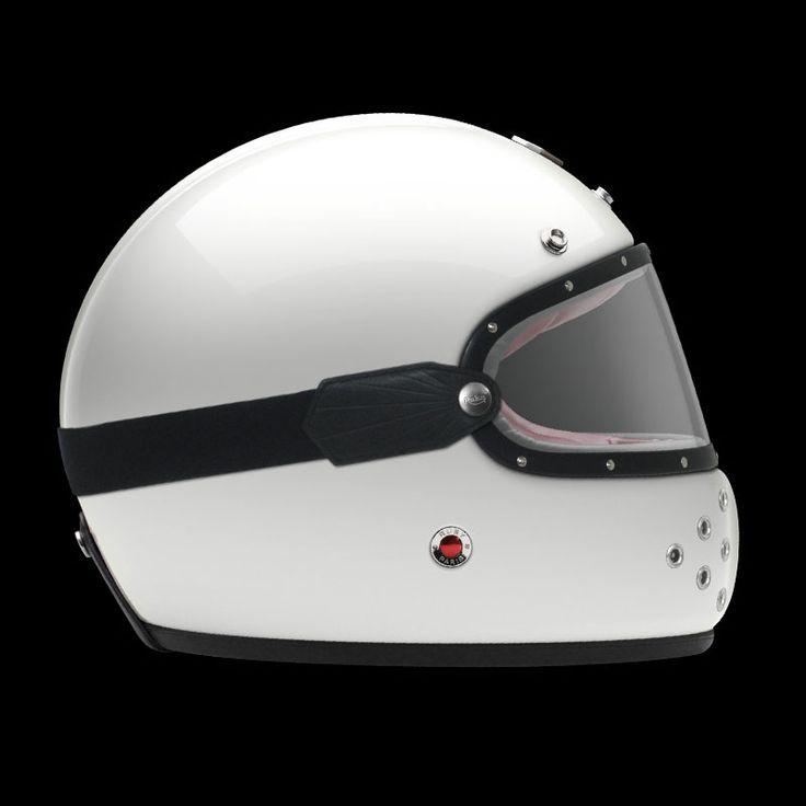 Gear: Ruby Castel full face helmet - Motorsport Retro