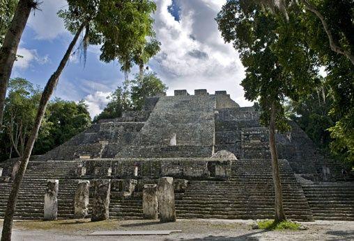 Calakmul, Campeche  viaja a Mexico, arqueologia maya