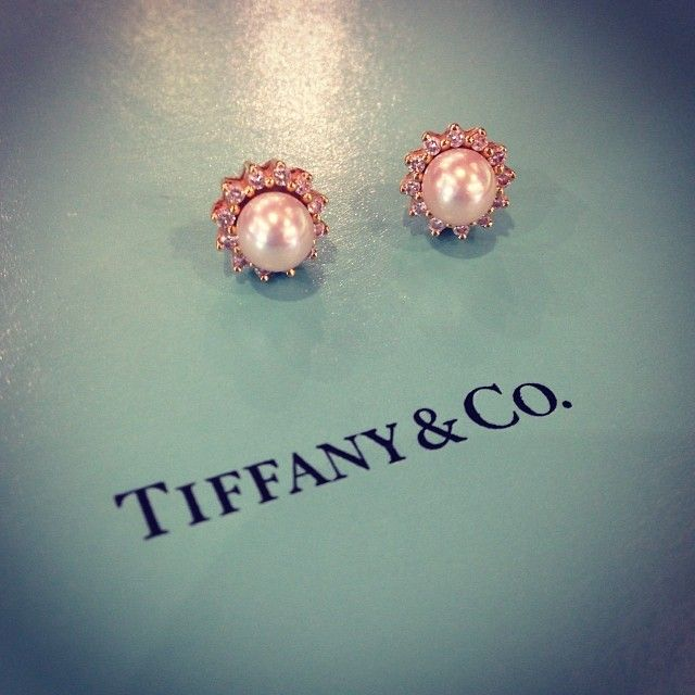 Tiffany & Co. pearl and diamond earrings #tiffany #tiffanyandco #pearls #diamonds #earrings #jewelry #cute #designer #picoftheday