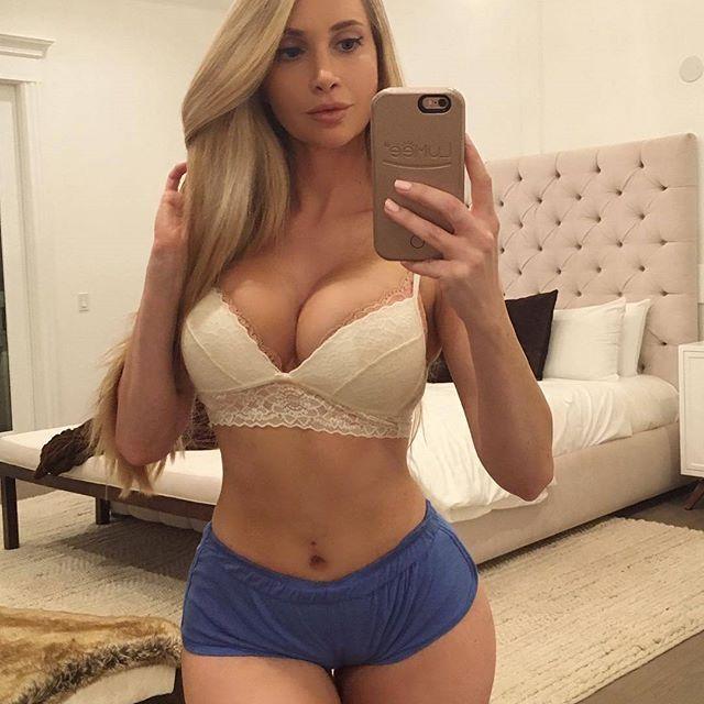 Livia teen y la pornoband en el sem - 1 1