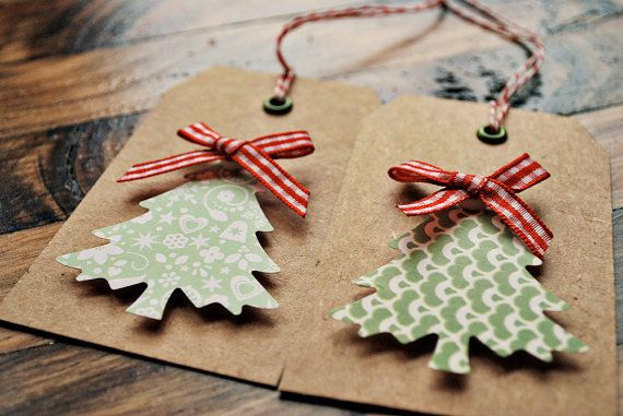 non-flat xmas tag that is easy to reproduce + fun to make (must find crop-a-dile + cute green patterned paper)