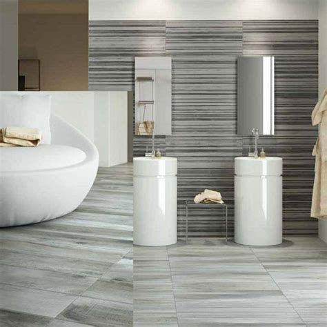 unglaublich  Badezimmer Fliesen Bilder: Atemberaubende Dekoration Badezimmer Grau Gefliest Galerie