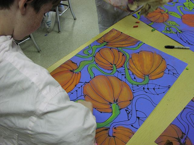 Pumpkins! Black glue line~chalk pastel