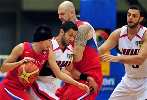 Petron Blaze Boosters and Alaska Aces face off in PBA Governor