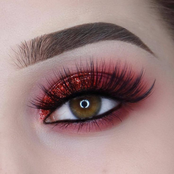 lapaigetrends RASPBERRY lashes  from the Lash Medley