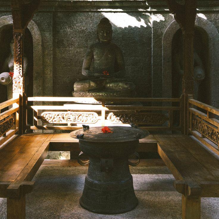 NEKARA // made from antique bronze