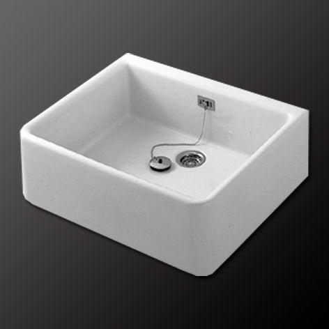 keukenspoelbak als wastafel in de badkamer. icm inbouwkraan