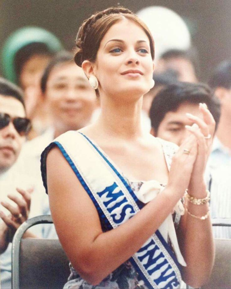 Dayanara Torres - Miss Universe 1993 - Puerto Rico