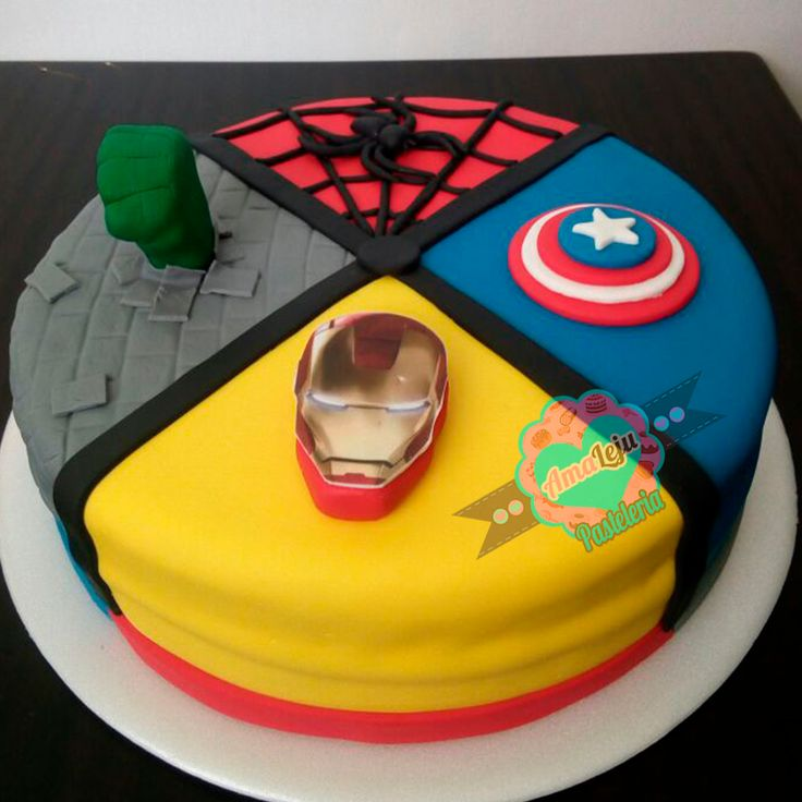 Personaliza tu torta como quieras! Realiza tu pedido por; https://goo.gl/mvYBYv WhatsApp: 3058556189, fijo 8374484  correo info@amaleju.com.co Síguenos en Twitter: @amaleju / Instagram: AmaLeju #vengadores #superheroes #iroman #capitanamerica #hulk #hombrearaña