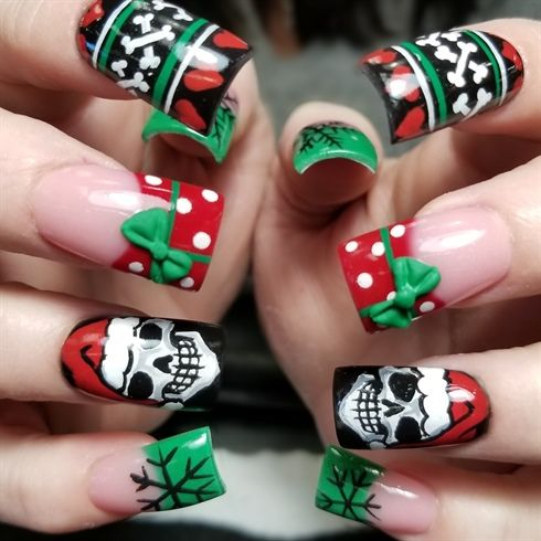 682 best Christmas Nail Art images on Pinterest | Christmas nail art ...
