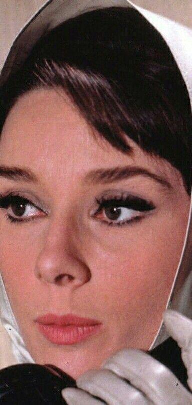 Mejores 2108 imágenes de Audrey Hepburn en Pinterest   Hombre negro ...