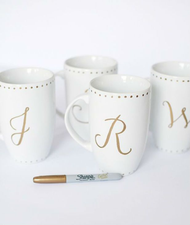 Love these! Check out 71 gift ideas for your fabulous bridesmaids!