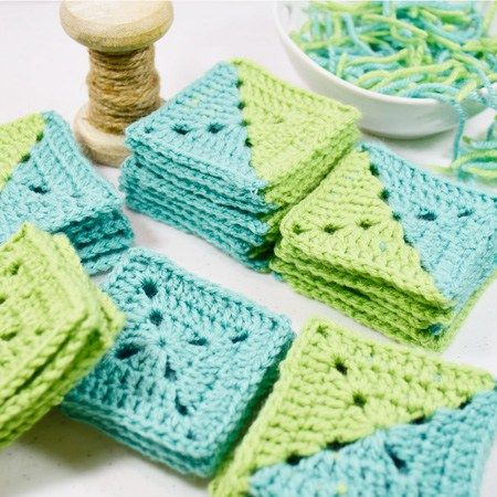 Blog post at Cynthia Banessa :  Creating a two color granny square will create so many design possibilities. It is like working with block quilting, except you crochet yo[..]