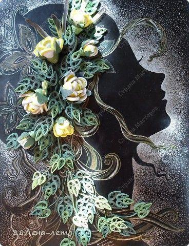 Картина панно рисунок 8 марта День матери День рождения Квиллинг Ещё одна девушка с розами  Бумага Бумажные полосы Клей Тушь фото 1