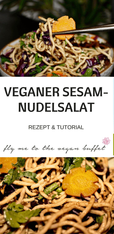 Dieser leckere vegane Sesam-Nudelsalat ist ausgezeichnet geeignet, wenn man eingeladen ist und etwas mitbringen möchte oder auch, wenn man selber Gäste hat.
