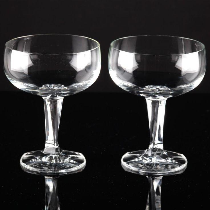 2 Vintage Sektschalen Kristall Gläser kantiger Stängel Stiel zeitlos modern K95