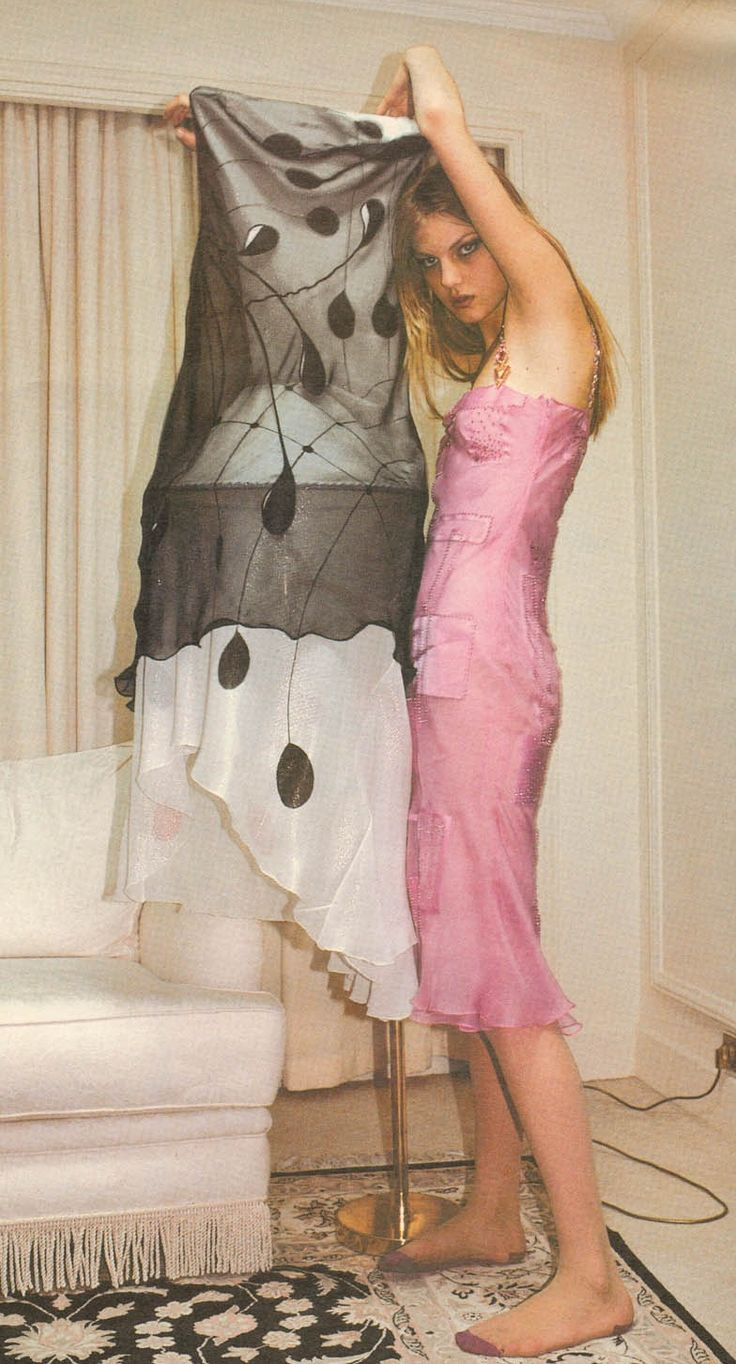 Interview Apr 1997 - Angela Lindvall by Mark Borthwick