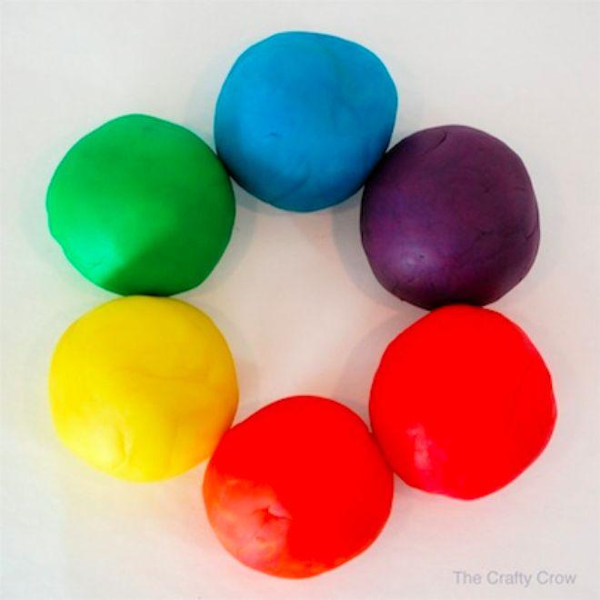 Lag hjemmelaget alternativ til plastelina på 1-2-3