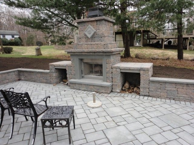 Our outdoor fireplace comes with an optional Firewood Box Extension to store everything in an aesthetically pleasing manner.