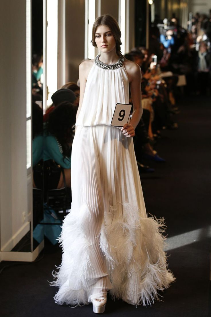 Haute couture : Yiqing Yin, Stéphane Rolland et Julien Fournié; dossier fashion style finest design