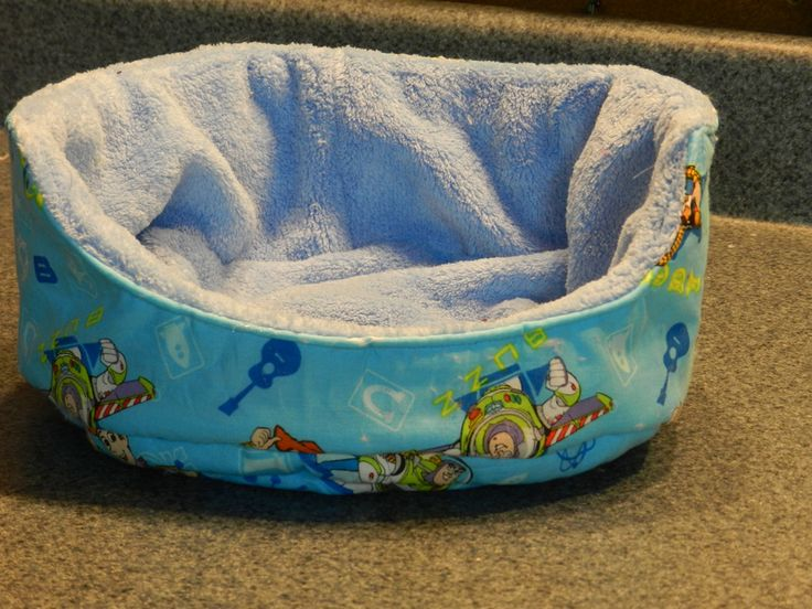 Make a cuddle cup for your guinea pigs - sewing tutorial