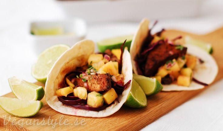 Jamaican Jerk Tofu Рperfekt f̦r grillen! (wraps med mango-ananassalsa) | Vegan Style