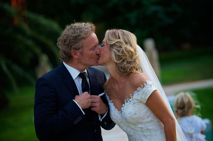 Erland en Wendy tijdens het huwelijk op Ibiza.