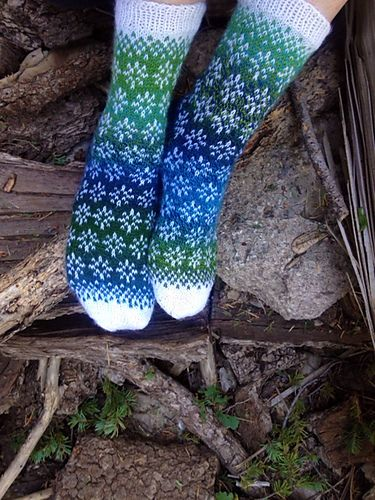 Ravelry: Titbirds Socks pattern by Natalia Moreva
