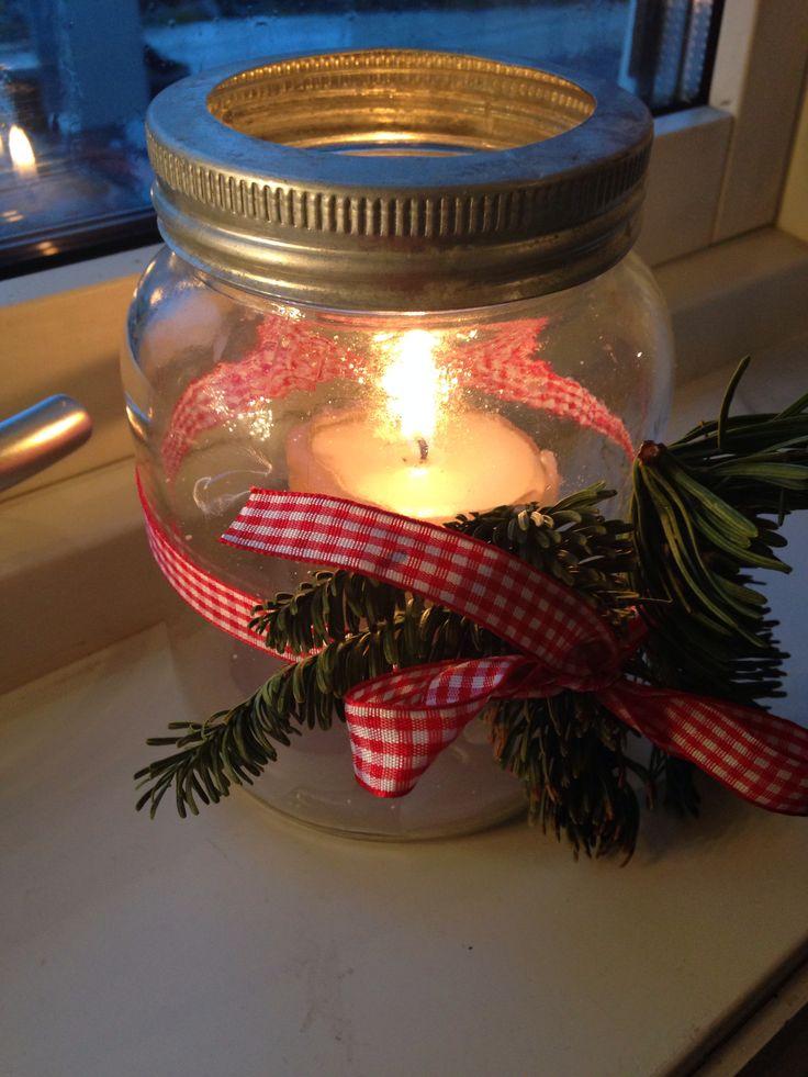 Norgesglass med julepynt