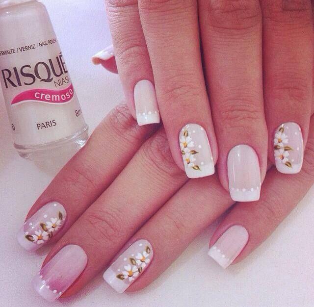 Nails flower unhas flor francesinha casamento POR: @sandrinhasilva19