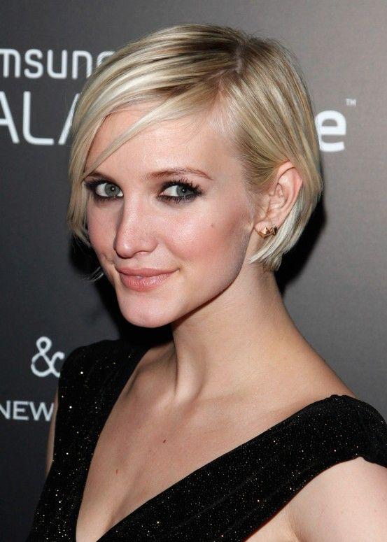 short hair cuts for women with fine hair   Graduated Bob Haircut for Thin Hair   Hairstyles Weekly