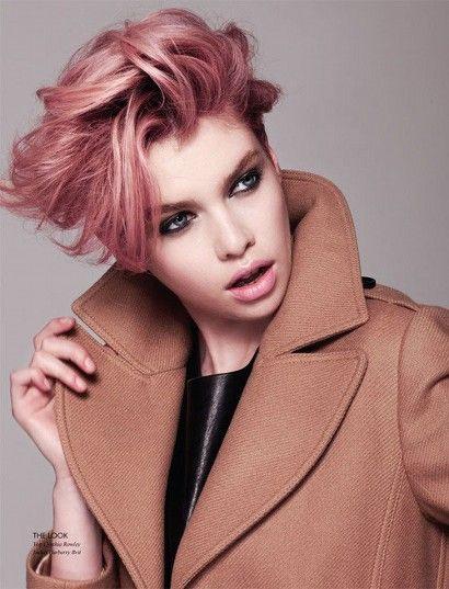 Короткие волосы розовые