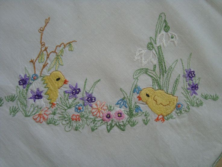 Vintage Easter Embroidered Linen Tablecloth Table Runner
