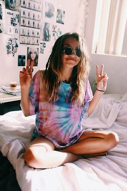 girl mine happy Cool summer hippie hipster room bedroom boho indie sunglasses weheartit peace and love quality tropical tie dye Horizontal indie girl hippie girl weheartpics