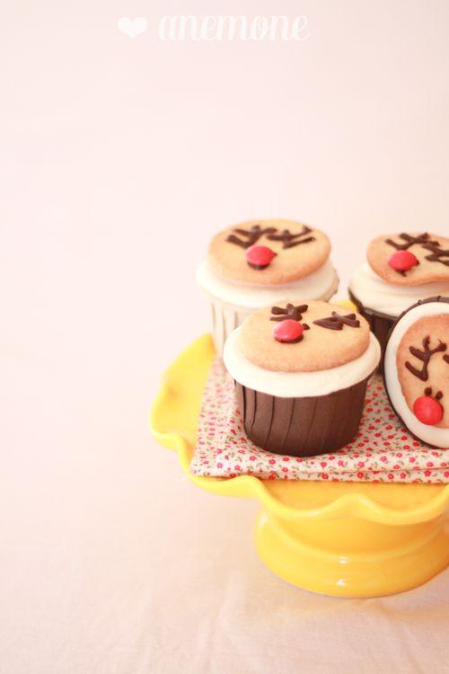 Gingerbread cupcakes con biscotti renna