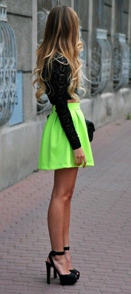 Fashion, Hair Colors, Style, Crop Tops, Ombre Hair, Neon Green, Outfit, Neon Colors, Neon Skirts